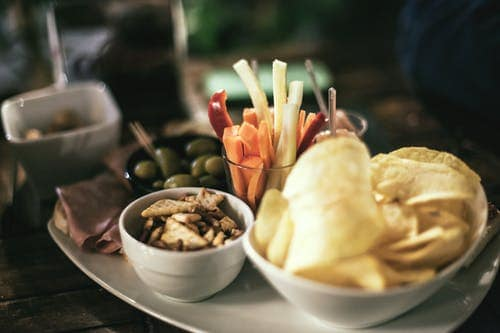 Healthy Snack Idea: Some Useful Tips For Your Family